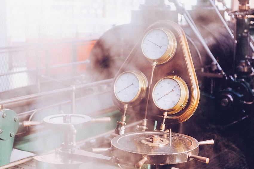 Mecanizado de precisión con bronce en la industria